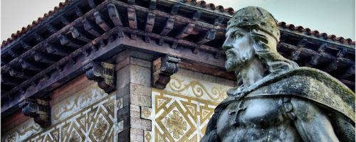 Don Pelayo Statue