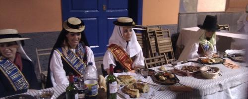 Die Königinnen vom Baile de Magos in Santa Cruz