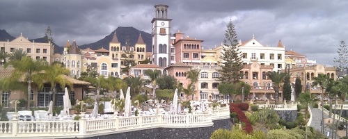 Gran Hotel Bahía del Duque Resort & Spa